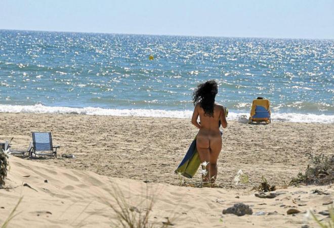 chica nudista busca chico