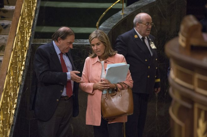 Ana Mato y Vicente Martínez Pujalte, en un pleno celebrado en el...