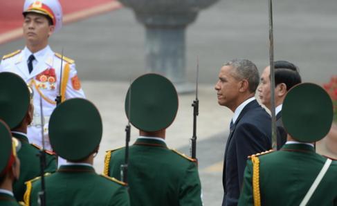 Barack Obama, con el presidente vietnamita, Tran Dai Quang.