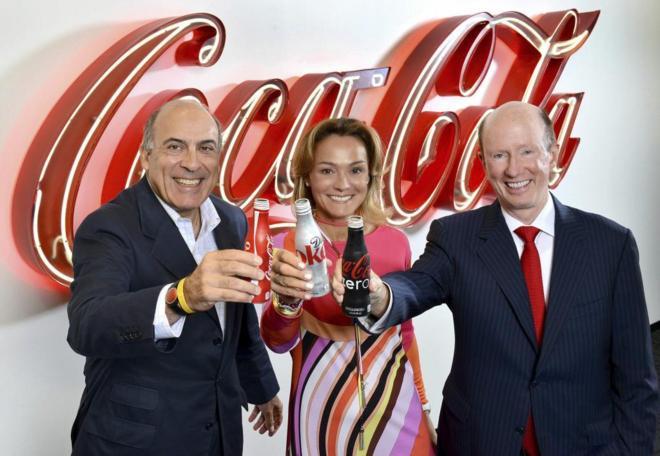 Muhtar Kent, presidente y consejero delegado de The Coca-Cola Company,...