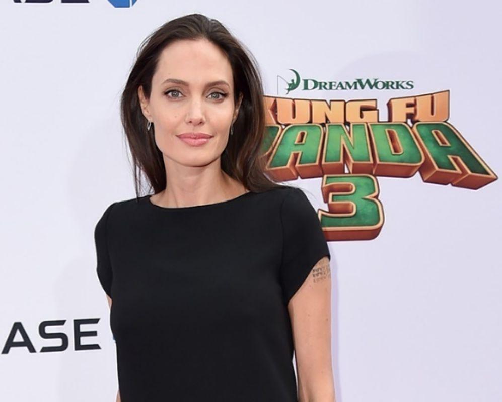 ¿Se imaginan tener clase con Angelina Jolie, nada más y nada menos?...