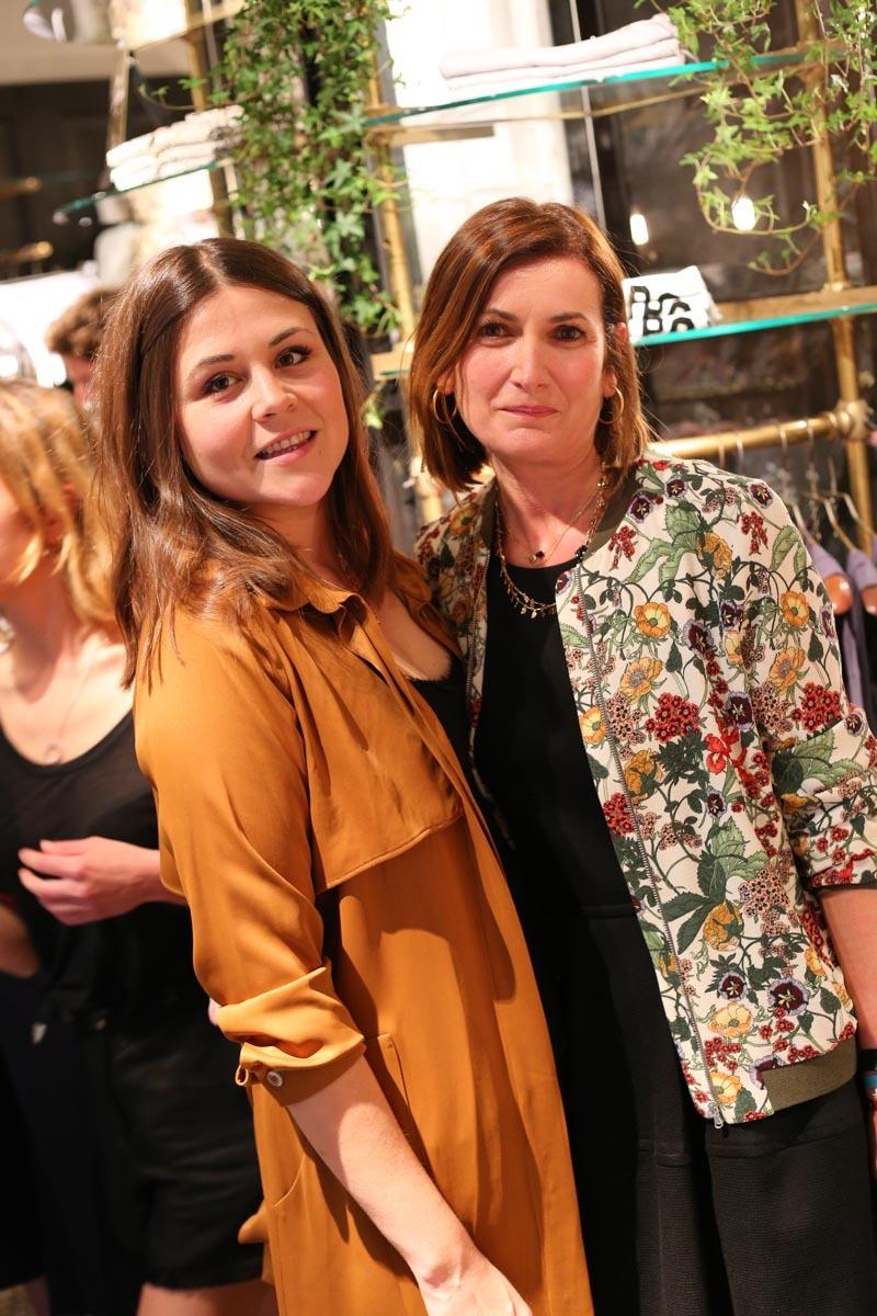 Tania Baidés y una amiga.