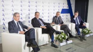 Antonio Fernández-Galiano, Miguel Henrique Otero, Ramón Osorioy...