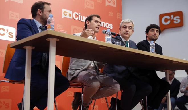 Francisco de la Torre, Albert Rivera, Luis Garicano y Toni Roldán, en...