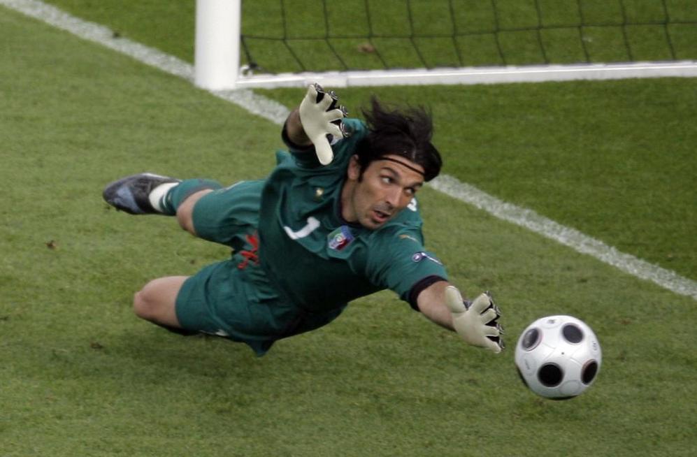 El portero del once histórico de la Eurocopa es la leyenda italiana...