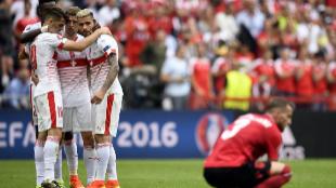 Los jugadores de Suiza celebran su triunfo ante Albania.