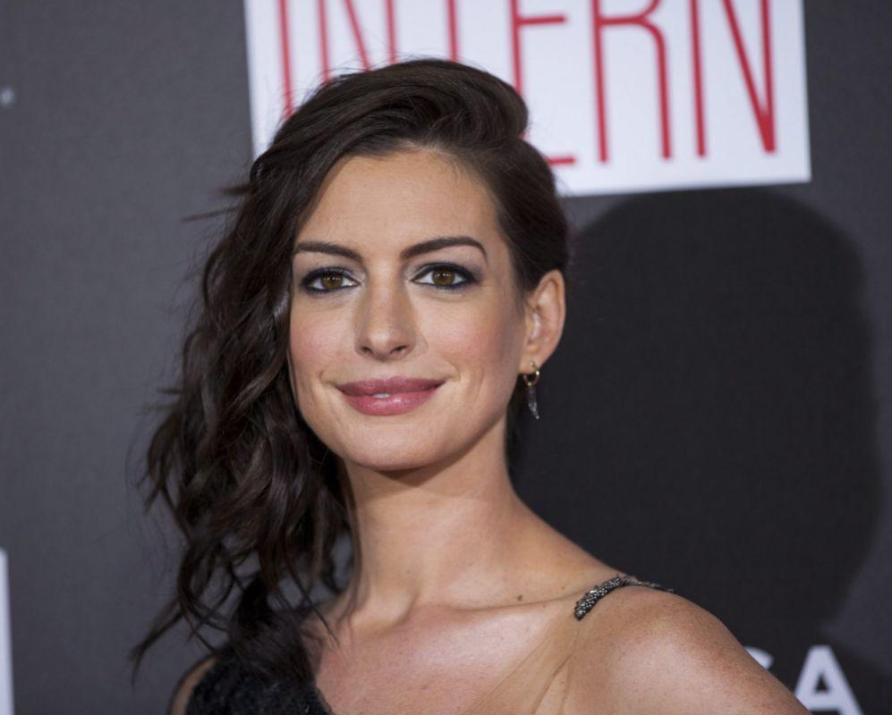 Anne Hathaway es la nueva embajadora de ONU Mujer. La actriz...