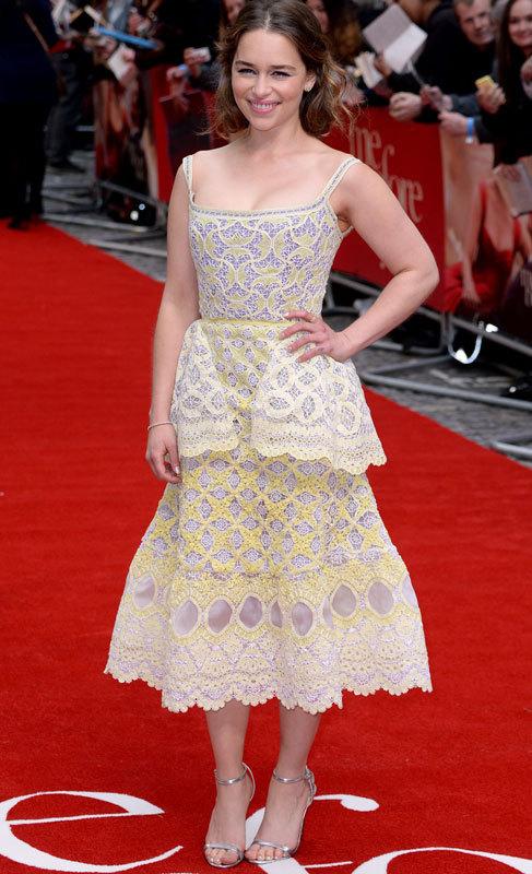 Emilia Clarke. Una de las mujeres más populares del momento, la...