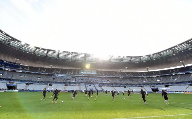 La selección de Francia, en un entrenamiento en el estadio de...