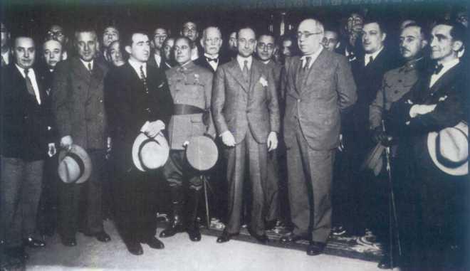 Francisco Franco, Casares Quiroga y Manuel Azaña