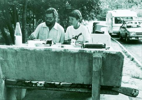 Julio Cortázar y Carol Dunlop en los 80.