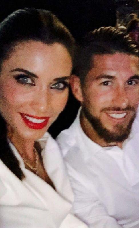 Sergio Ramos y Pilar Rubio tampoco quisieron perderse el concierto de...