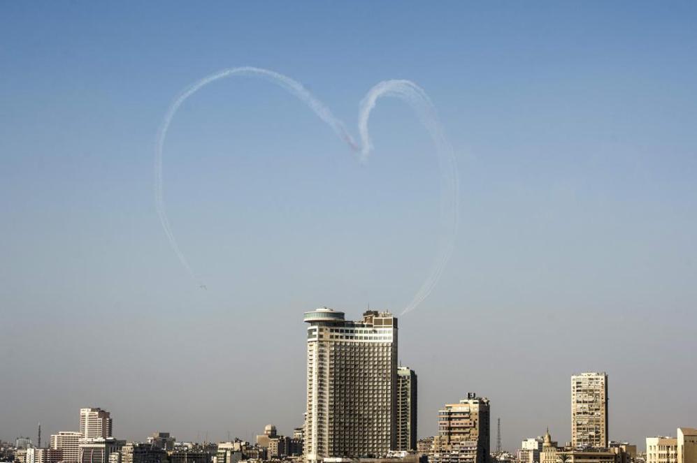 Millones de personas salieron a las calles de El Cairo y otras...