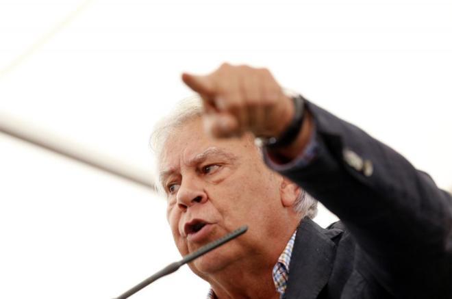 Felipe González, en un acto de campaña del PSOE en la víspera del...