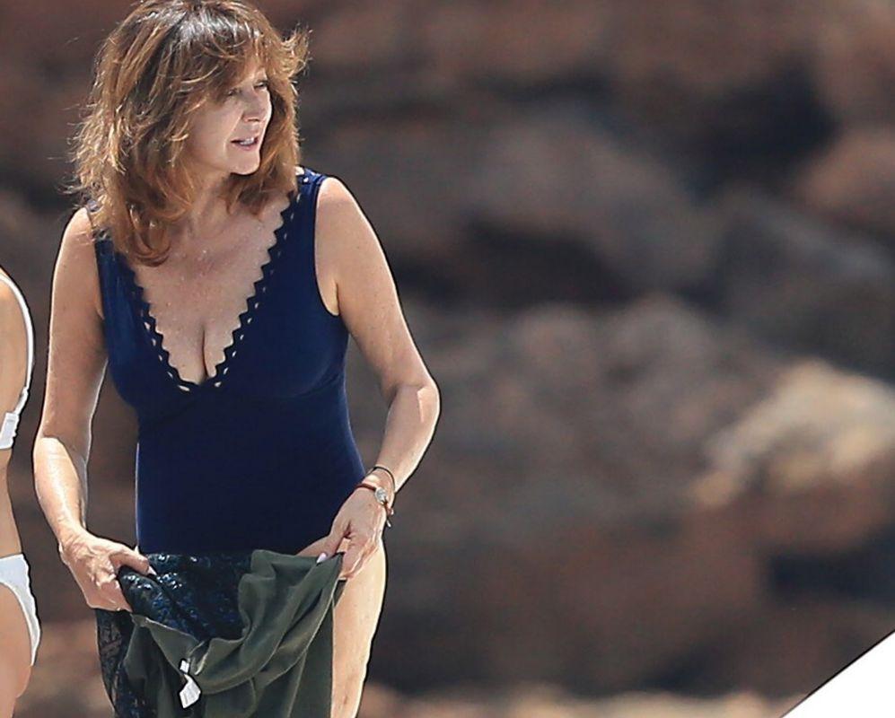 En Ana Ibiza La Marido'sirenos' Y Rosa Quintana Su Presentadora FTJuK1lc3