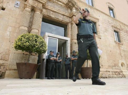 Detenciones en el Ayuntamiento de Torredembarra en 2014, en el caso...