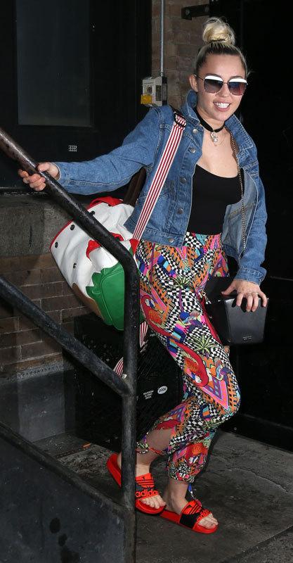 Miley Cyrus. Volver a los brazos de Liam Hemsworth no le ha sentado...