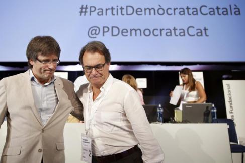 Carles Puigdemont y Artur Mas ayer en Barcelona