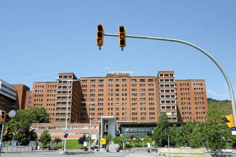 Fachada del hospital Vall d'Hebrón de Barcelona