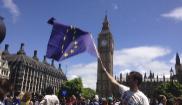 Un ciudadano británico en Londres en una protesta contra el Brexit.