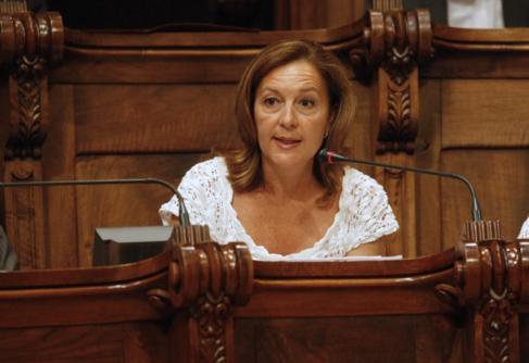 Carina Mejïas en el pleno del Ayuntamiento de Barcelona