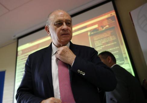 El ministro del Interior en funciones, Jorge Fernández Díaz, durante...