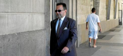 José Salas Burzón, camino de los juzgados para declarar.