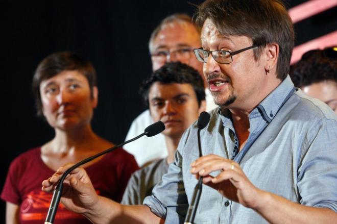 Xavier Domènech, en una rueda de prensa durante la noche electoral.