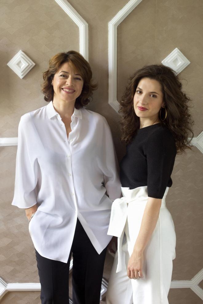 Lina Rosa Gil (d) e Inés Altea (i).