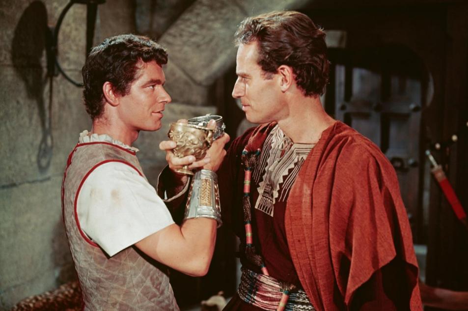 Charlton Heston (Judá Ben-Hur) y Stephen Boyd (Messala) en la...
