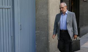 El ex vicepresidente del Gobierno, Rodrigo Rato, a la salida de su...