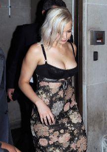 """Jennifer Lawrence. """"La gente está fascinada con los pechos que..."""