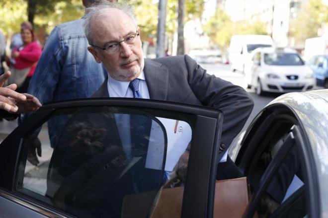 El ex vicepresidente del Gobierno, Rodrigo Rato, a la salida de los...