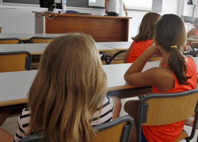 Niños en un aula de un centro de Alicante.