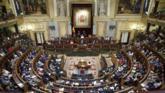 Mariano Rajoy se dirige a los diputados en el Hemiciclo durante la...