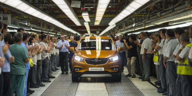 Presentación del nuevo Opel modelo Mokka X