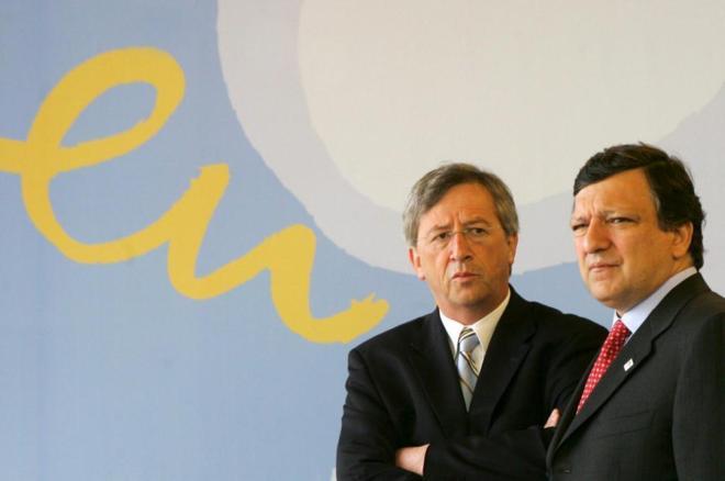 El ex presidente de la Comisión Europea, Durao Barroso y el jefe del...