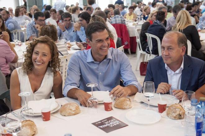 Pedro Sánchez, la cabeza de lista por Ourense, Noela Blanco y el...