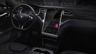 Imagen del interior de un Tesla Model S.