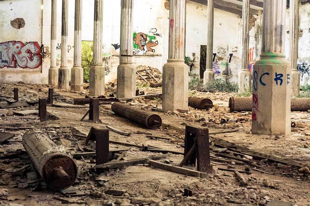 Antigua fábrica de zapatos gorila 6feac36f2792