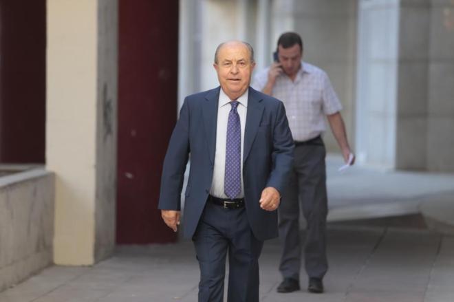 El ex alcalde de Granada, José Torres Hurtado, este jueves.