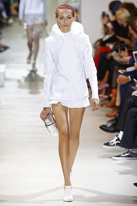 986bd3f0e7 París Fashion Week 2016  El legado futurista de Paco Rabanne - Foto ...