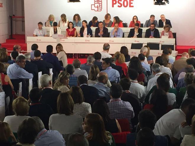 Los miembros del Comité Federal del PSOE, esta mañana en Ferraz.