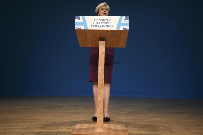 La primera ministra Theresa May interviene en la Conferencia Anual de los Conservadores.