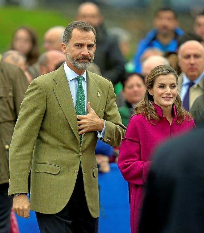 Los Reyes, durante la visita que realizaron el sábado a la comarca...
