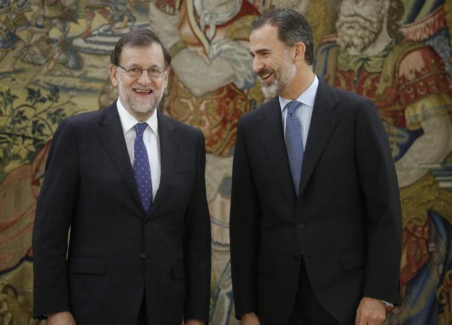 Santamaría repite como Vicepresidenta y Cospedal asume Defensa en un Gobierno con seis caras nuevas