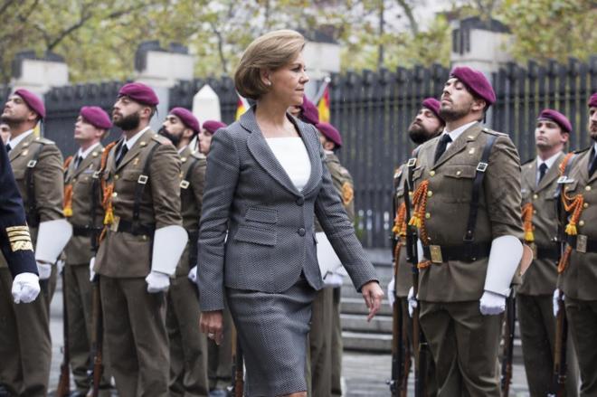María Dolores de Cospedal, en la toma de posesión como ministra de Defensa.