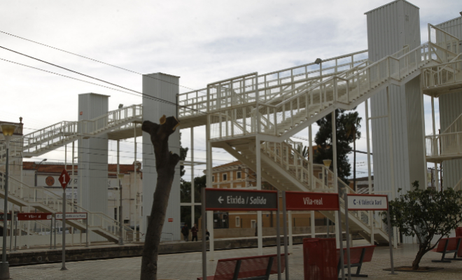 Comisaría Vila Admiten La Real De No Tren Estación 'más Y dc11UFC