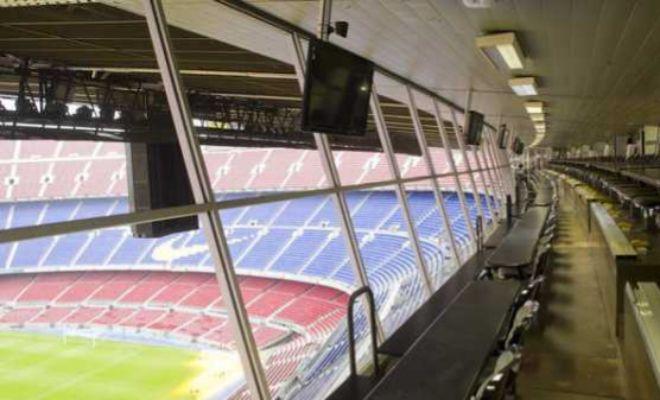 La zona de prensa, en uno de los laterales del Camp Nou.