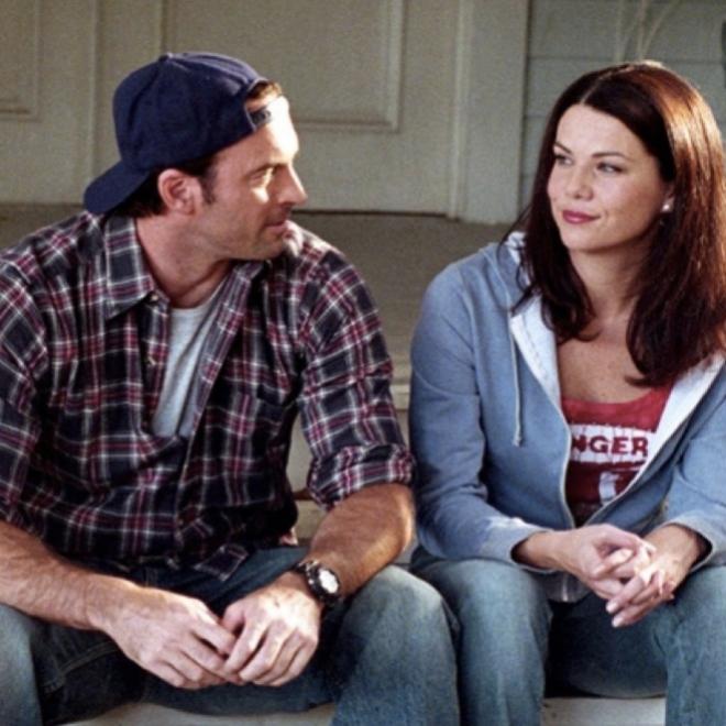 Fotograma de la serie: Luke y Lorelai.